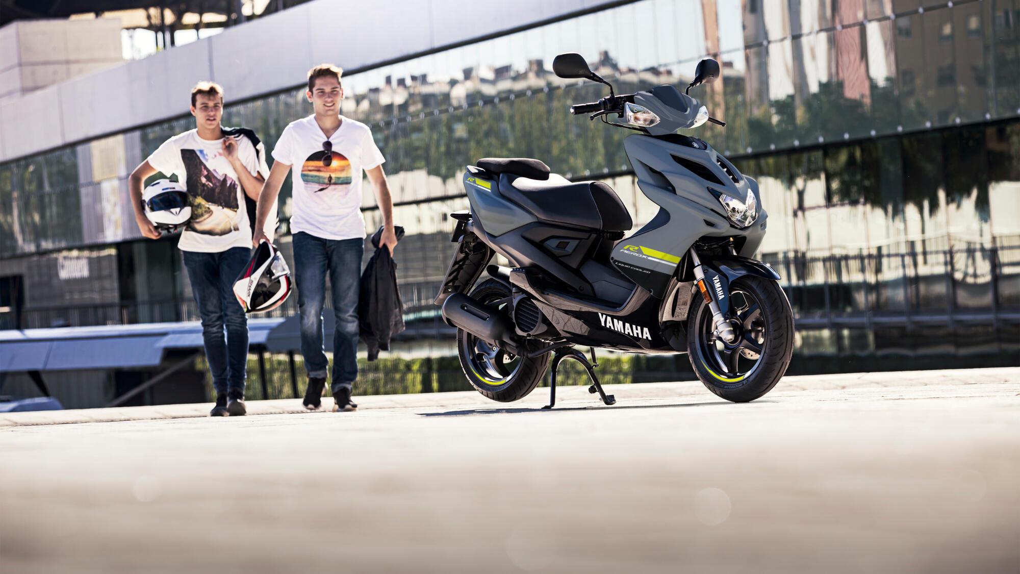 Aerox 4 - scooters - Yamaha Motor