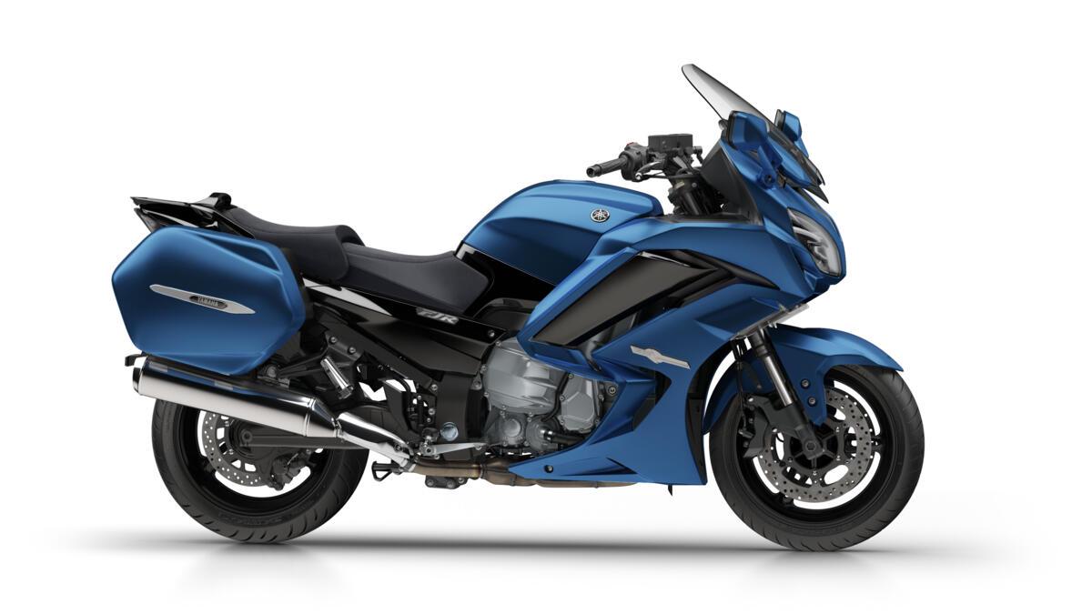 2018-Yamaha-FJR1300AE-EU-Phantom_Blue-36