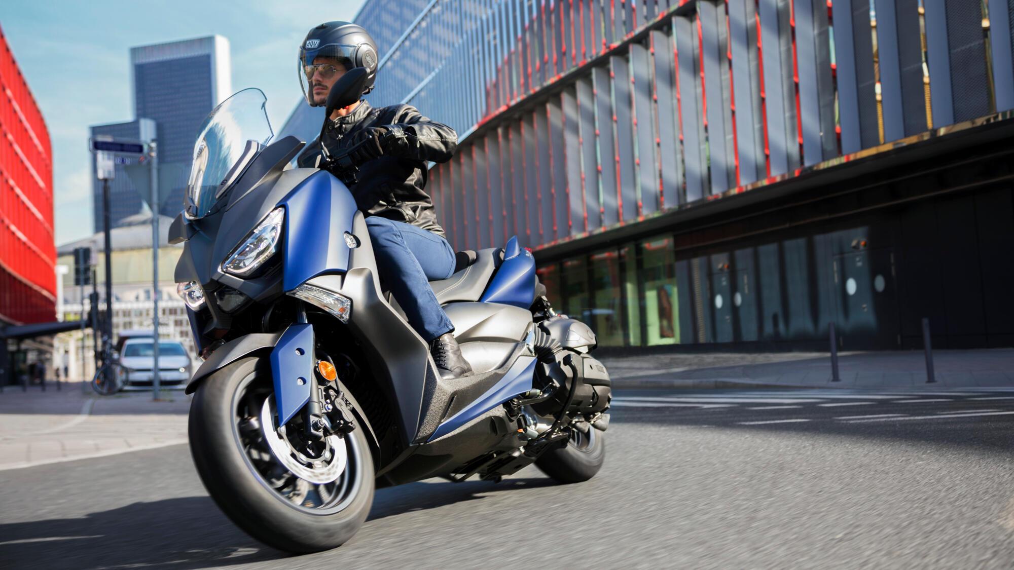 XMAX 400 - scooters - Yamaha Motor