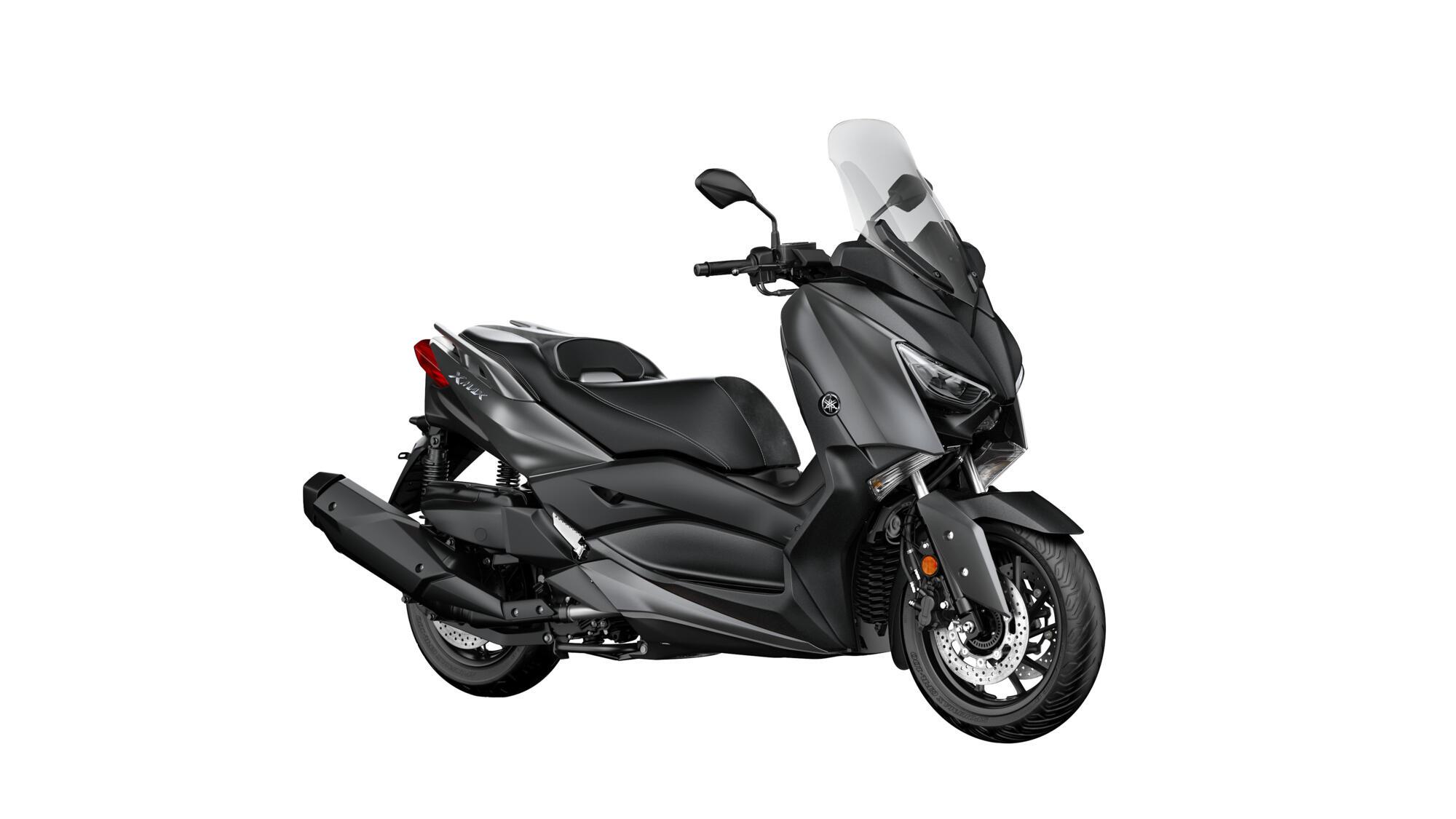 XMAX 400