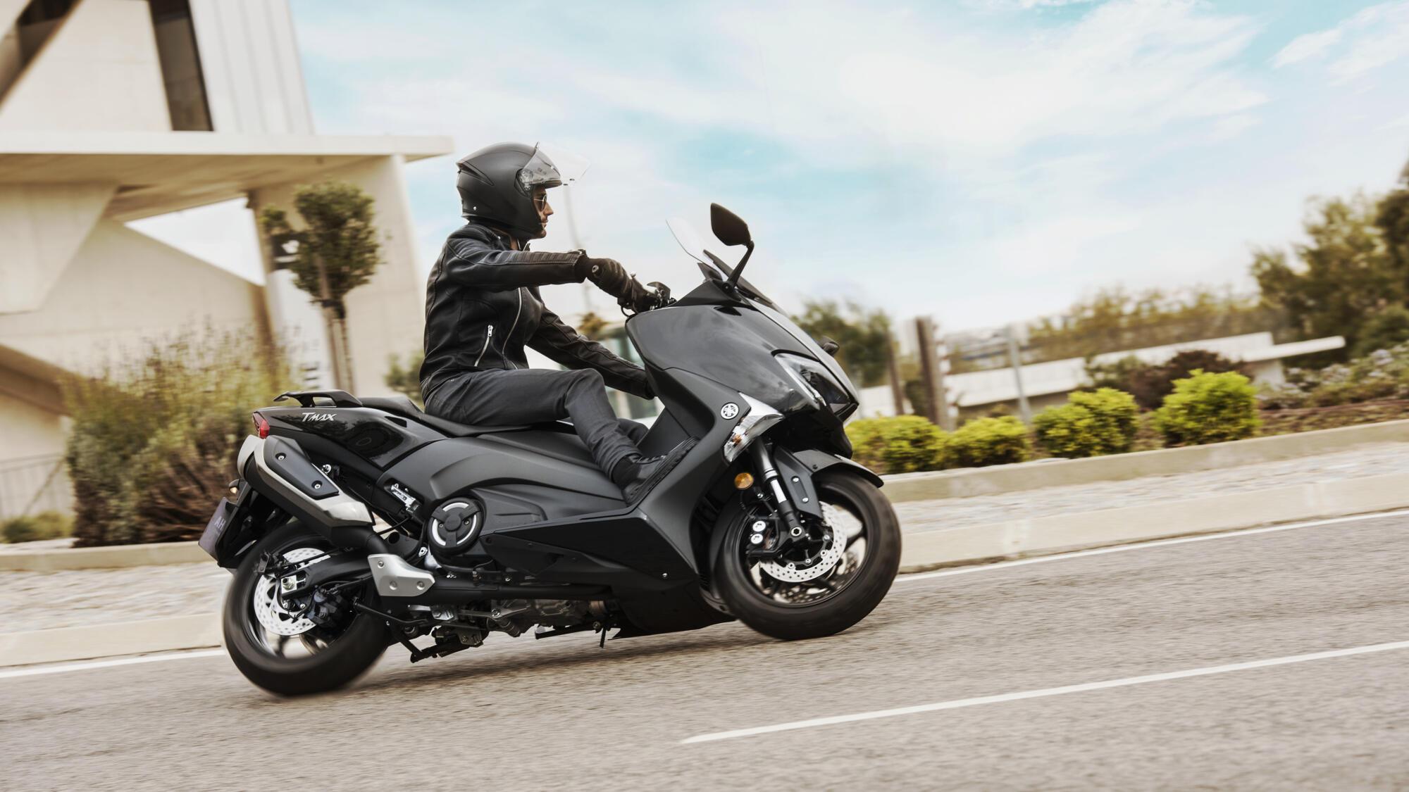TMAX - scooters - Yamaha Motor