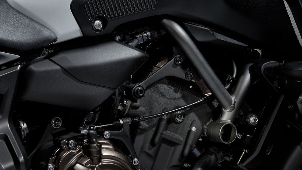 2019 Yamaha MT07 EU Ice Fluo Detail 002 03 Tablet MT 07