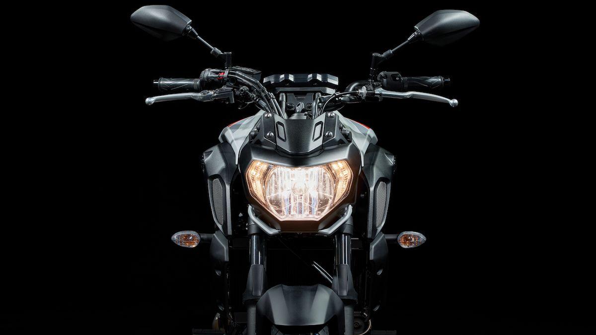 2019 Yamaha MT07 EU Ice Fluo Detail 004 03 Tablet MT 07