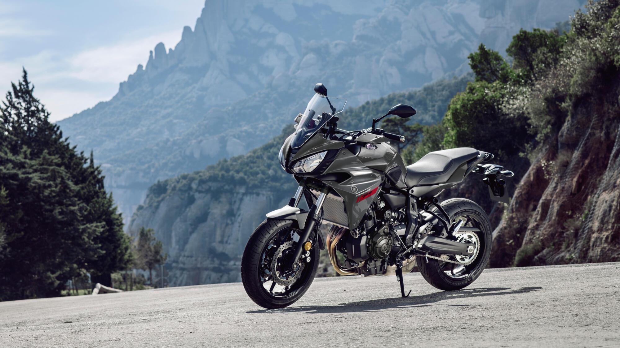 https://cdn2.yamaha-motor.eu/prod/product-assets/2019/MT07TR/2019-Yamaha-MT07TR-EU-Nimbus_Grey-Static-001-03.jpg