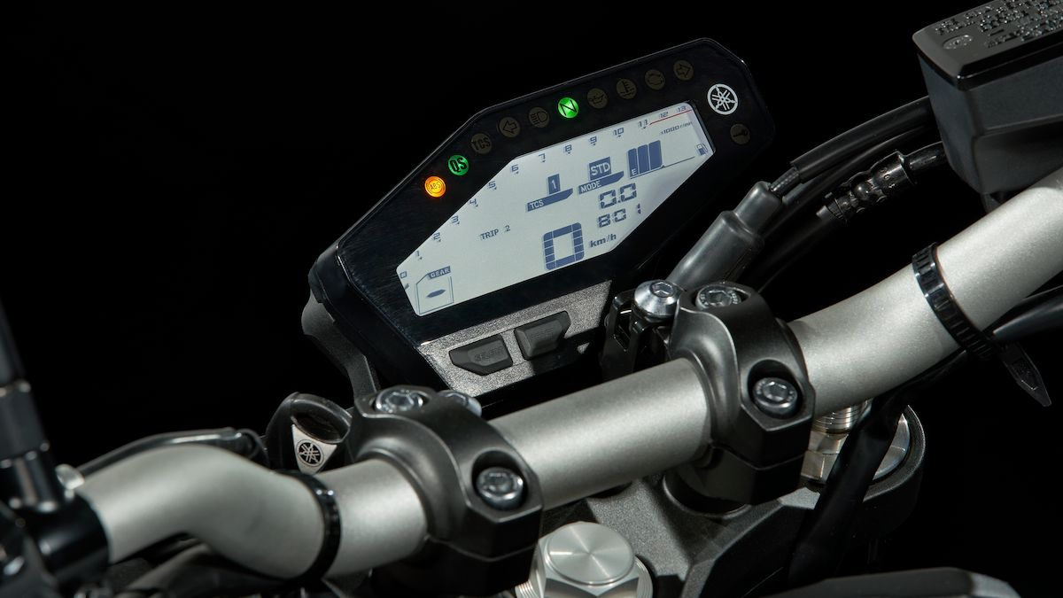 2019 Yamaha MT09 EU Ice Fluo Detail 005 03 Tablet MT 09