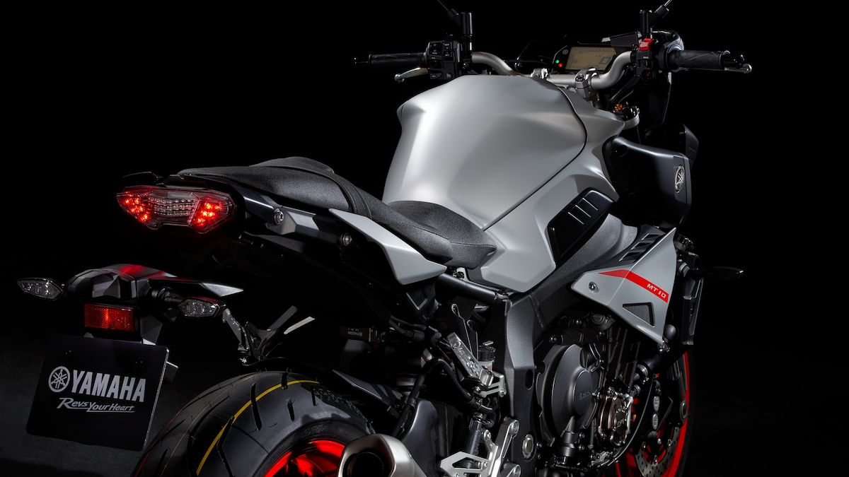 2019 Yamaha MT10 EU Ice Fluo Detail 004 03 Tablet MT 10