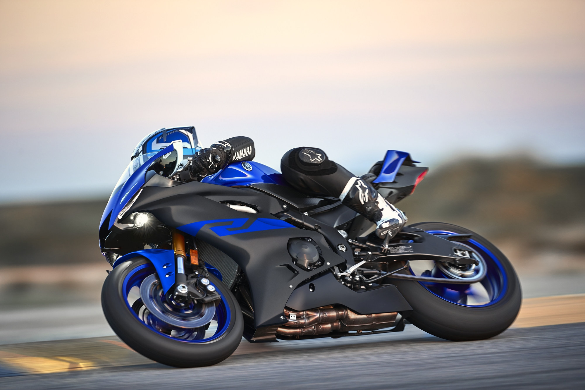 YZF-R6 - Motorcycles -...