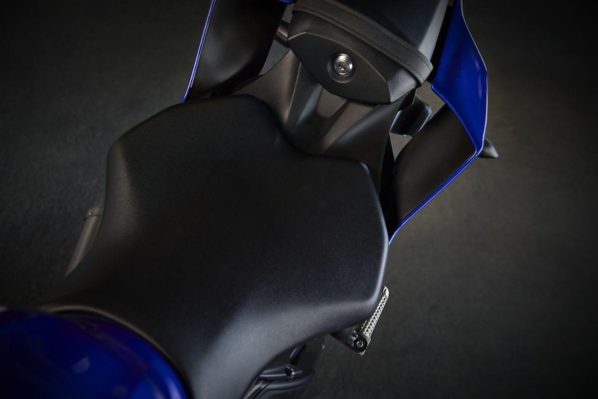2019 Yamaha YZF600R6 EU Yamaha Blue Detail 005 Tablet YZF R6