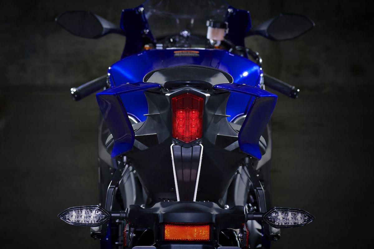 2019 Yamaha YZF600R6 EU Yamaha Blue Detail 006 Tablet YZF R6