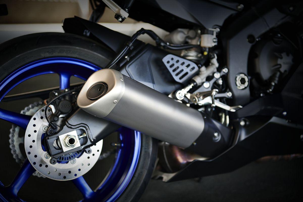 2019 Yamaha YZF600R6 EU Yamaha Blue Detail 009 Tablet YZF R6
