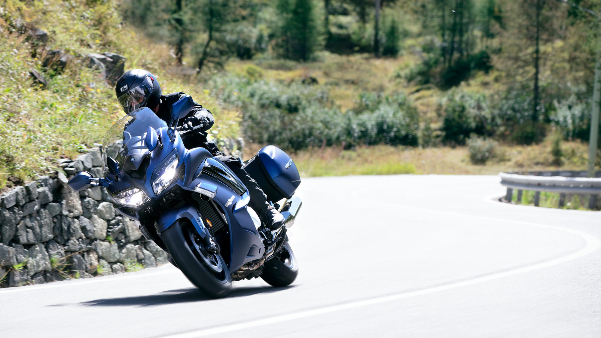 2020-Yamaha-FJR1300AS-EU-Phantom_Blue-Ac