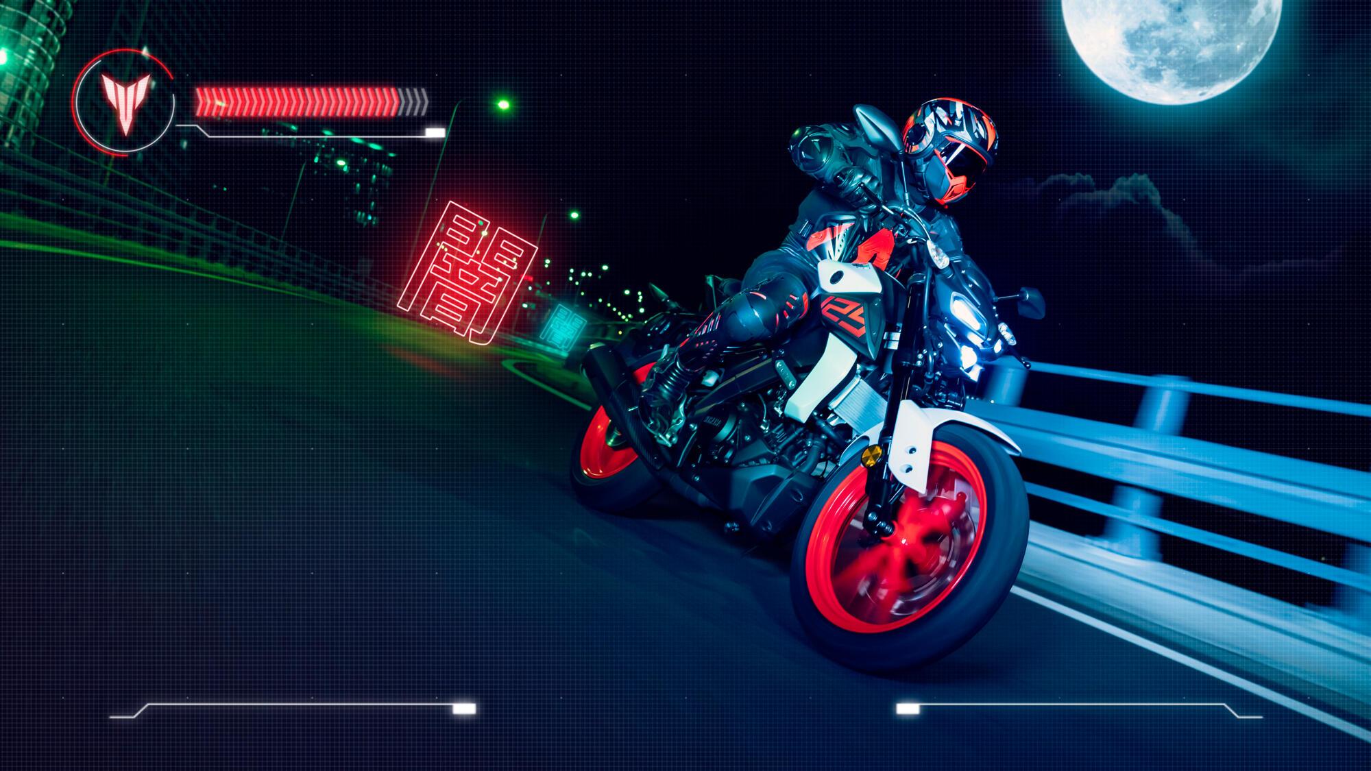 2020-Yamaha-MT125-EU-Ice_Fluo-Action-001