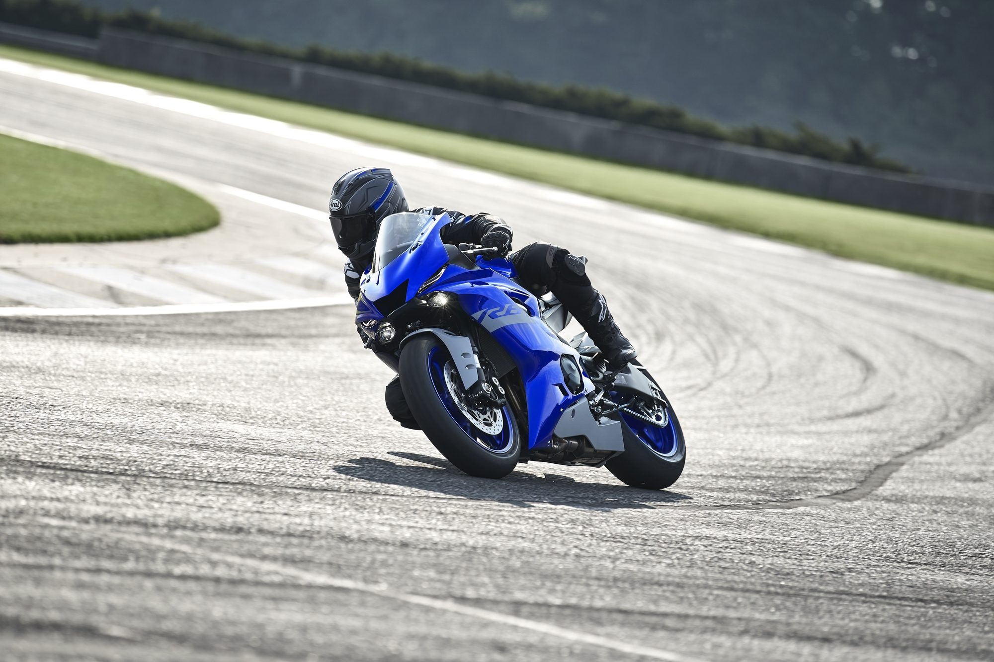 YZF-R6 - motorcycles - Yamaha Motor